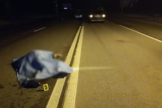 В передмісті Івано-Франківська трапилася смертельна ДТП (фото)