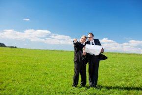 На Прикарпатті голова сільради віддав в оренду 22 гектари чужої землі