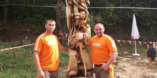 Прикарпатці позмагалися у чемпіонаті скульпторів (фотофакт)