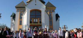 У найбільшому селі Калуського району урочисто відкрили новий храм (ФОТО)