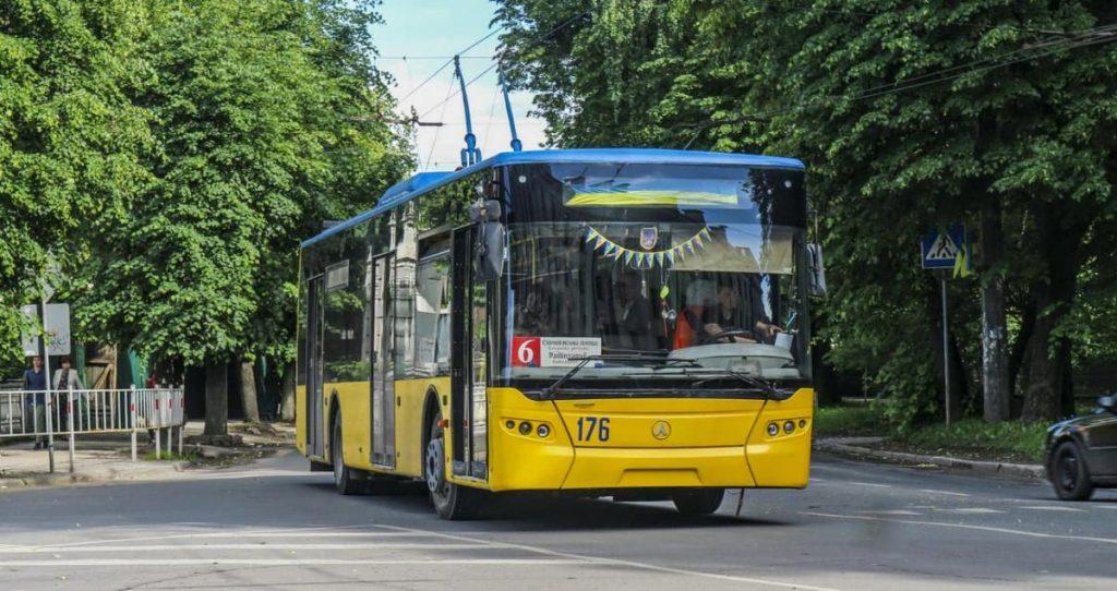 тролейбус, новини Франківська