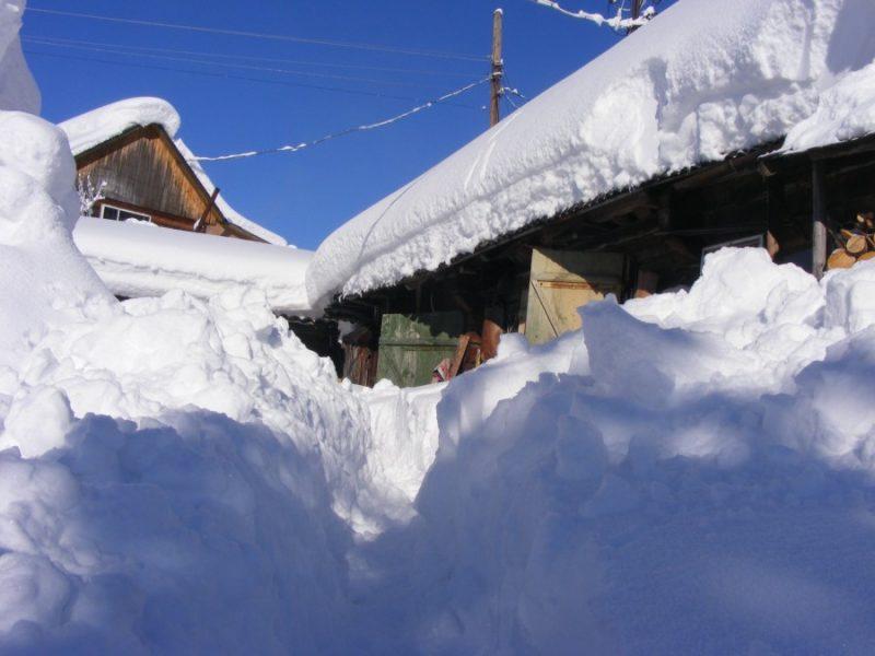 сніг, Вишків