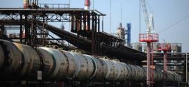 <strong>Росія заборонила експорт нафти та бензину до України</strong>