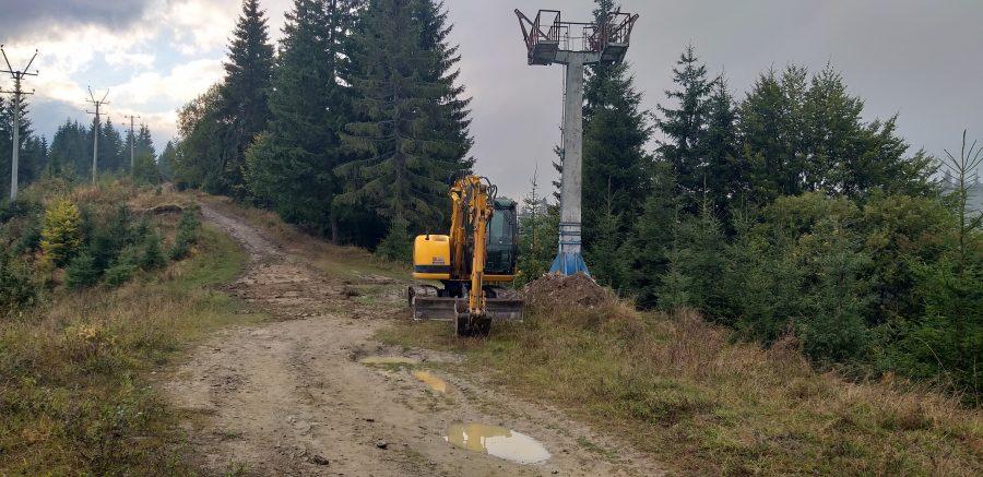У Ворохті взялися відновлювати канатну дорогу (фоторепортаж)