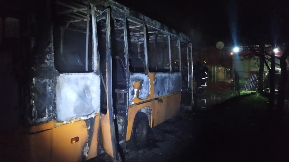згорів автобус на Івано-Франківщині