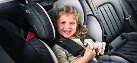 В Україні починають штрафувати водіїв за перевезення дитини без автокрісла