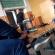 У Франківську звільнили вчителя, який курив на уроці перед  учнями