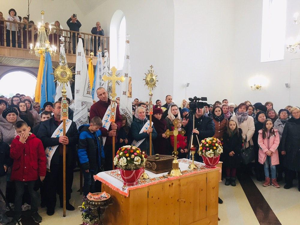 Яворів, церква