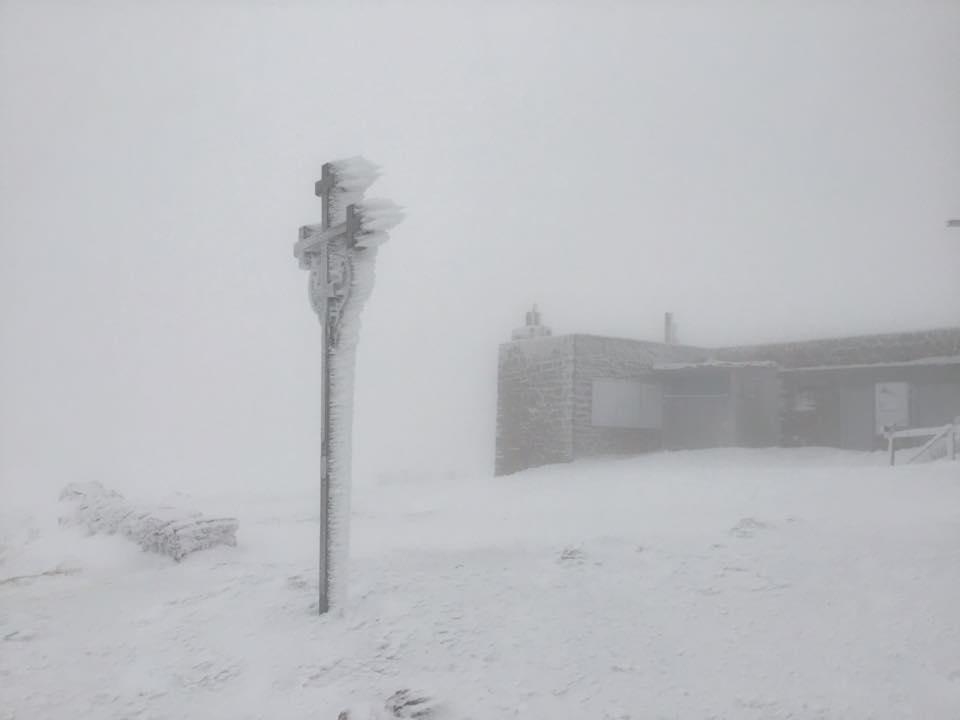 сніг, Карпати, Піп Іван
