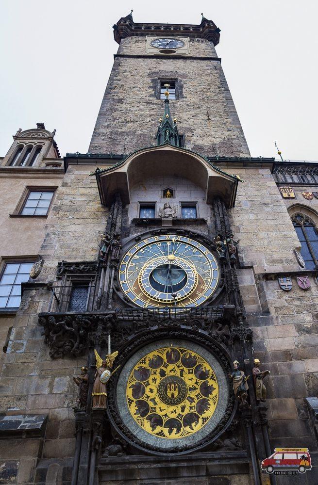 Прага, астрономічний годинник