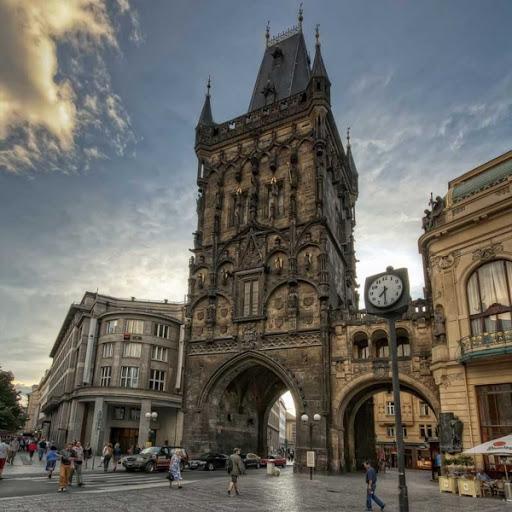 Прага, Порохова вежа