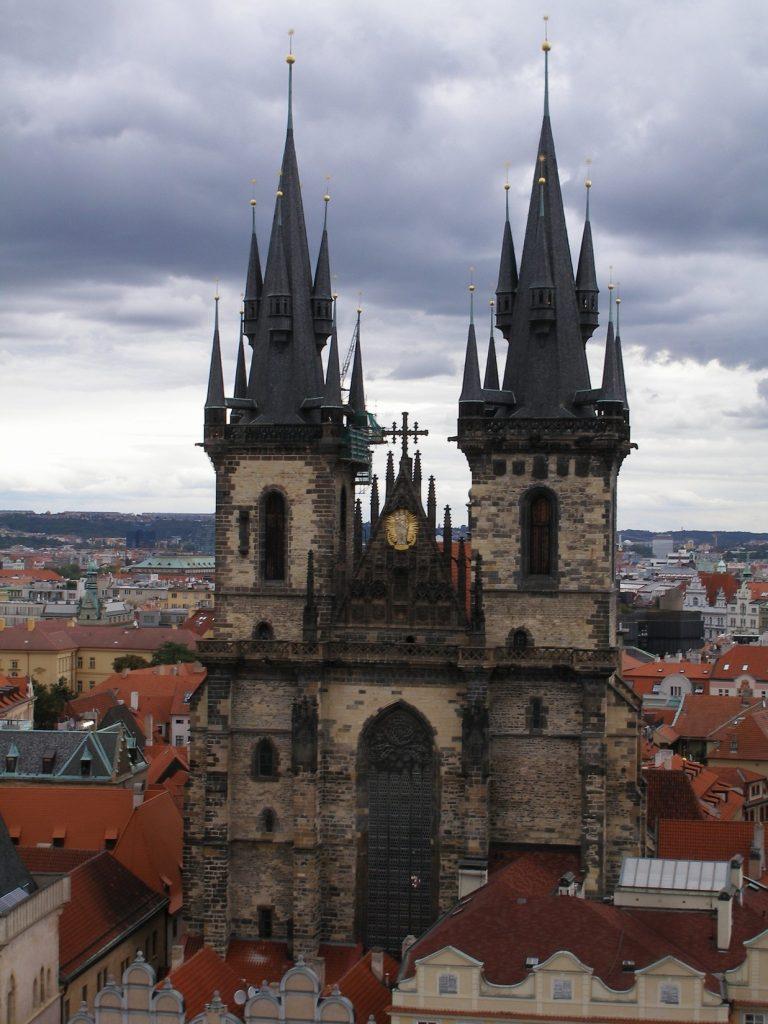 Прага, церква перед Тином