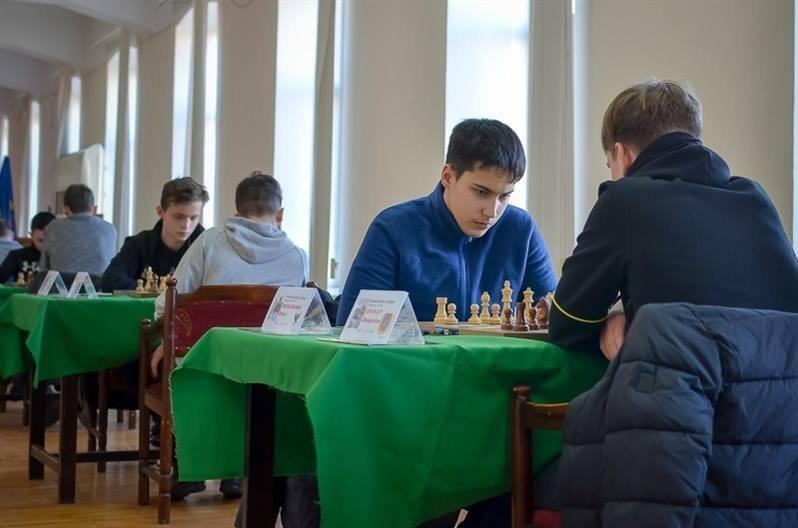 шахи Франківськ