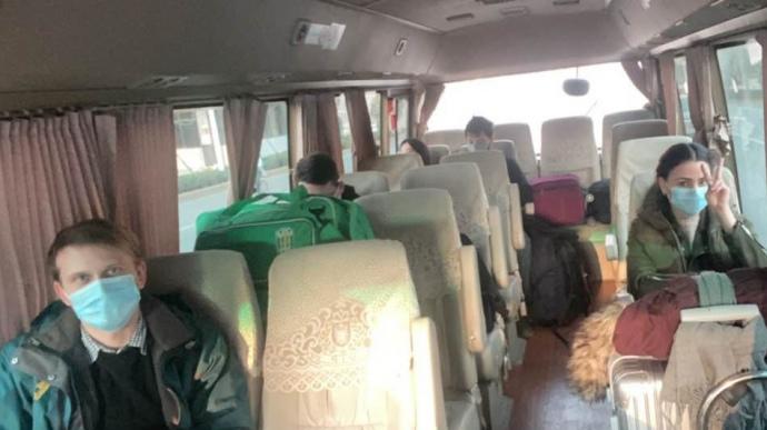 евакуація з Китаю
