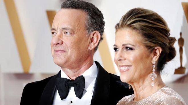 Том Хенкс з дружиною