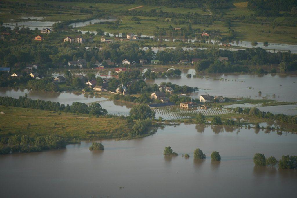 ВВС: Збитки від повені підрахують протягом кількох тижнів