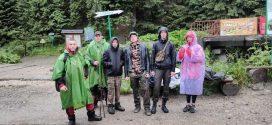 У Карпатах через проливний дощ заблукали туристи зі Східної України