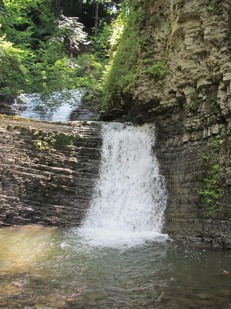 Замлацький водоспад