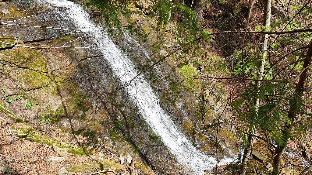 Нарінецький водоспад