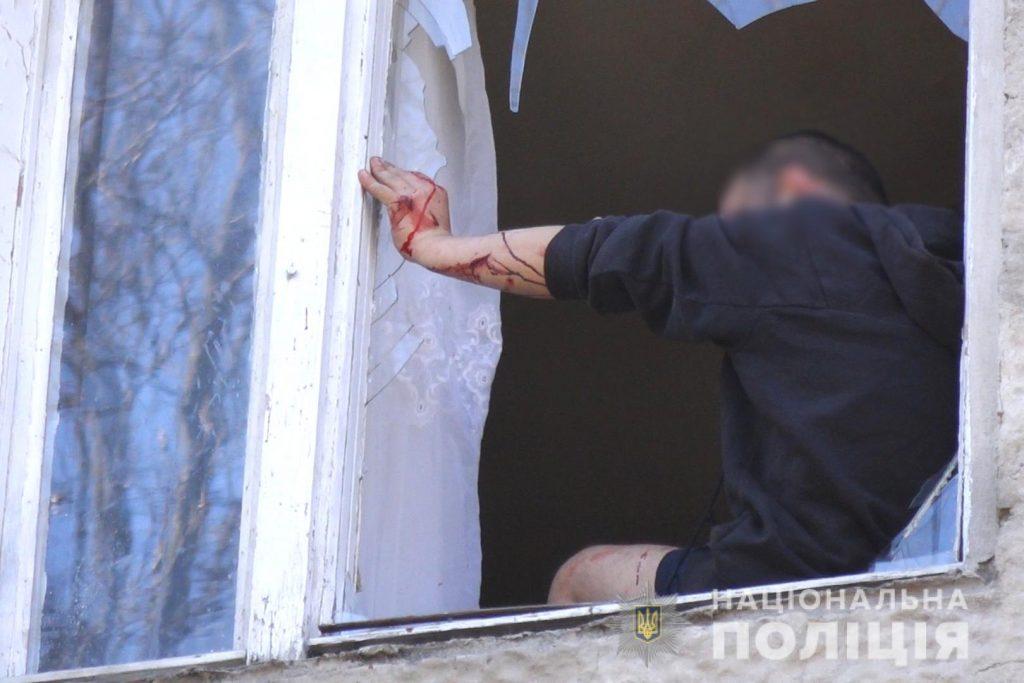 У Франківську затримали зловмисника, який убив 39-річного чоловіка і погрожував вчинити самогубство