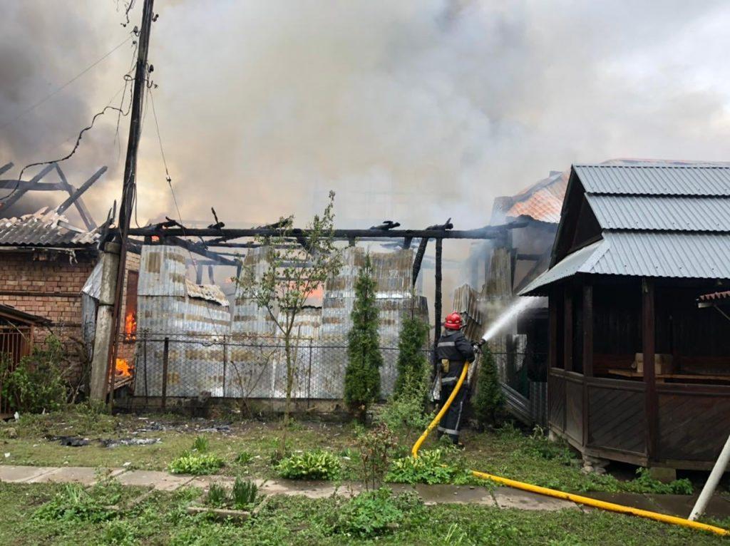 пожежа на Прикарпатті