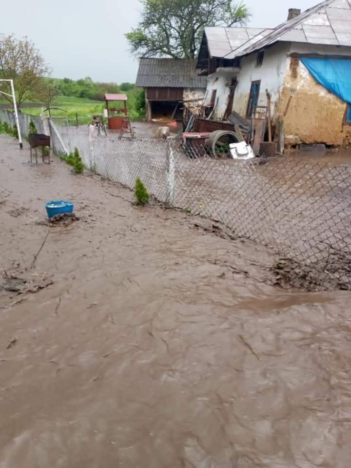 потоп у Юнашкові