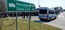 Чи справді щеплення українців на польському кордоні буде безкоштовним?