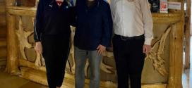 Зеленський разом з дружиною святкує Великдень на Прикарпатті (ФОТО)