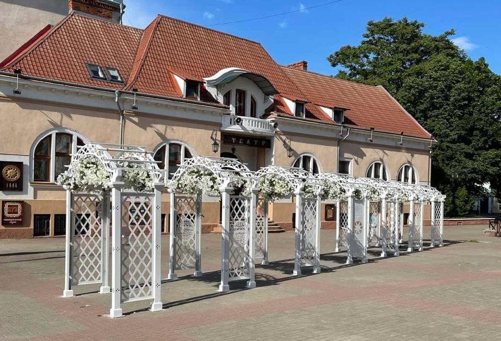 коломийські новини, весільна арка