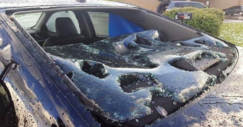 град, побиті автомобілі, Прикарпаття
