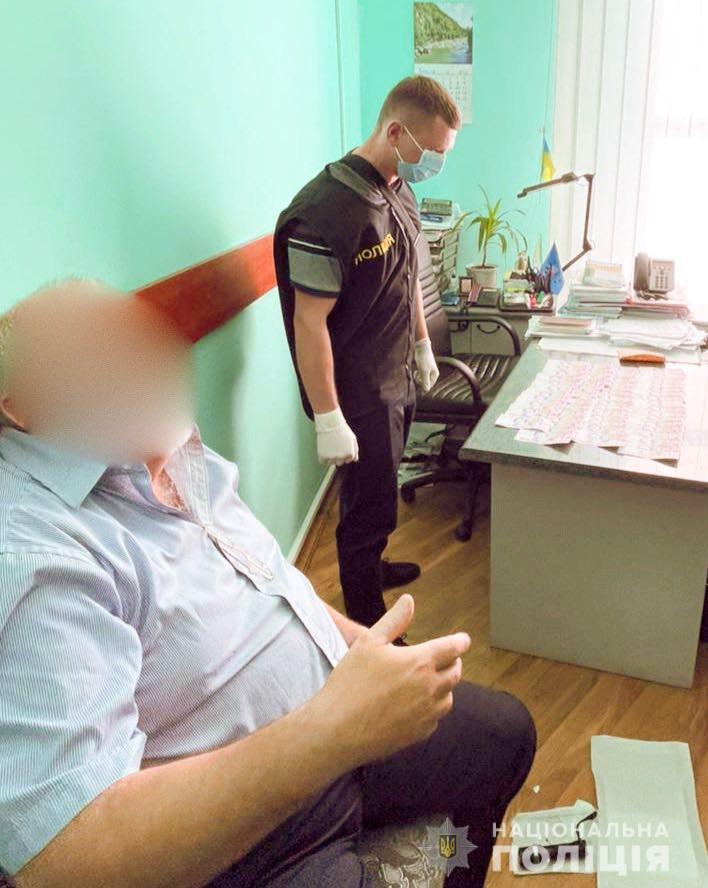 хабарник з Пенсійного фонду, Івано-Франківщина