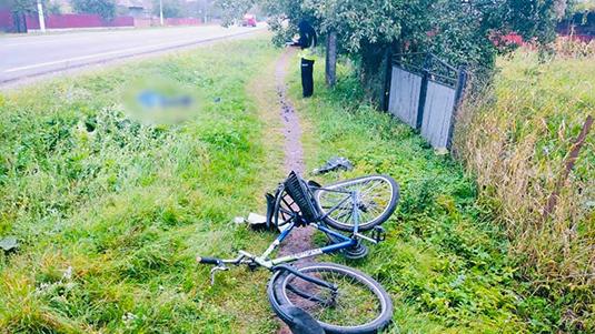 На Івано-Франківщині у результаті аварії загинув велосипедист (ФОТО)