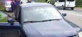 <strong>Під час розбійного нападу дівчина з Прикарпаття на ходу вискочила з автомобіля (ФОТО)</strong>